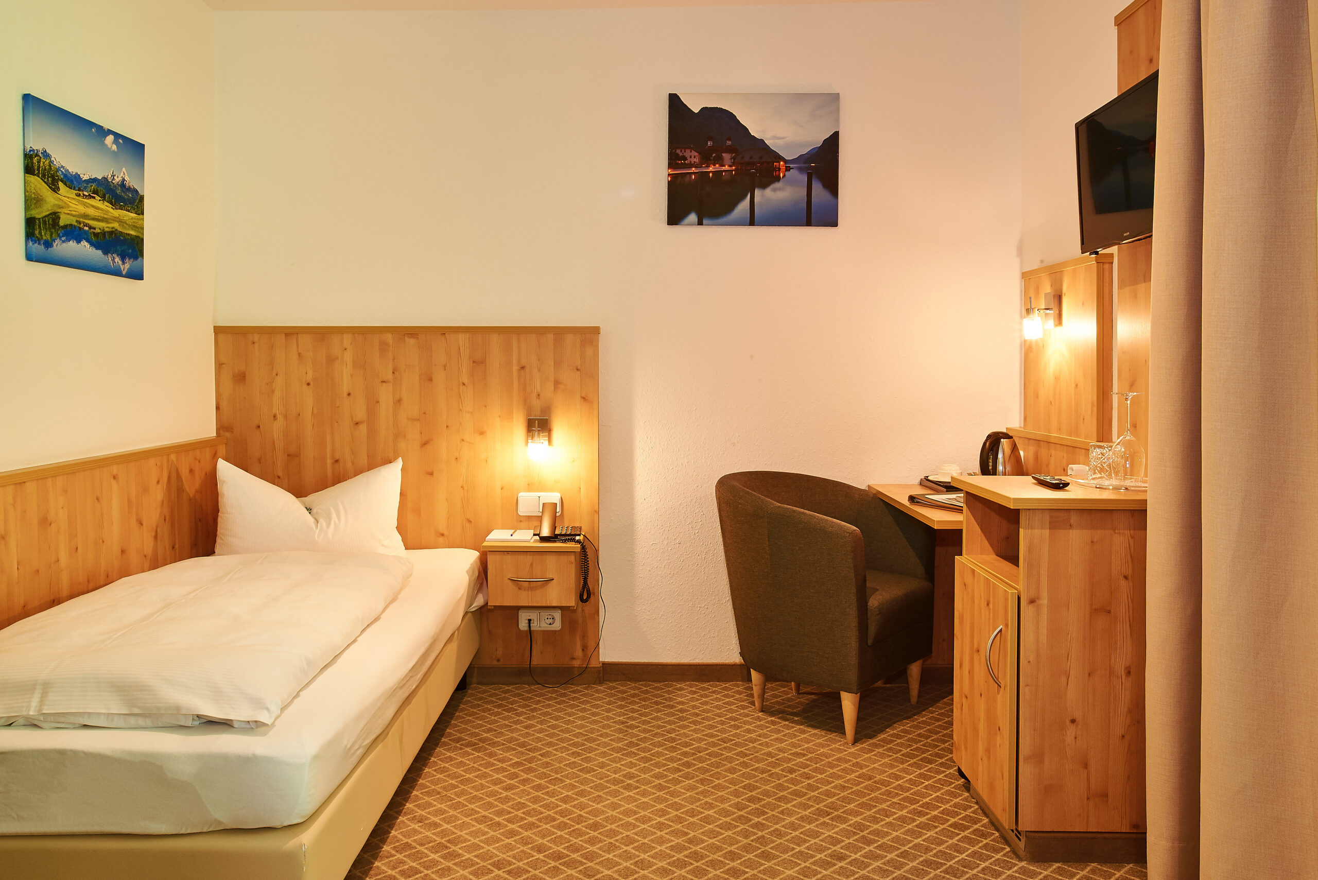 Alpenhotel Fischer, Einzelzimmer Edelweiss gesamt
